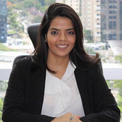 Naiara Kosicki Ribeiro